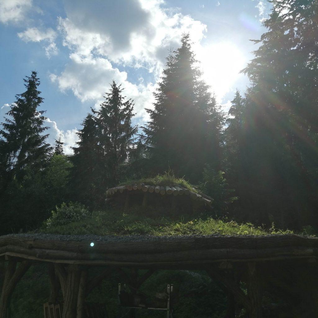 Zelená strecha na organickom altáne